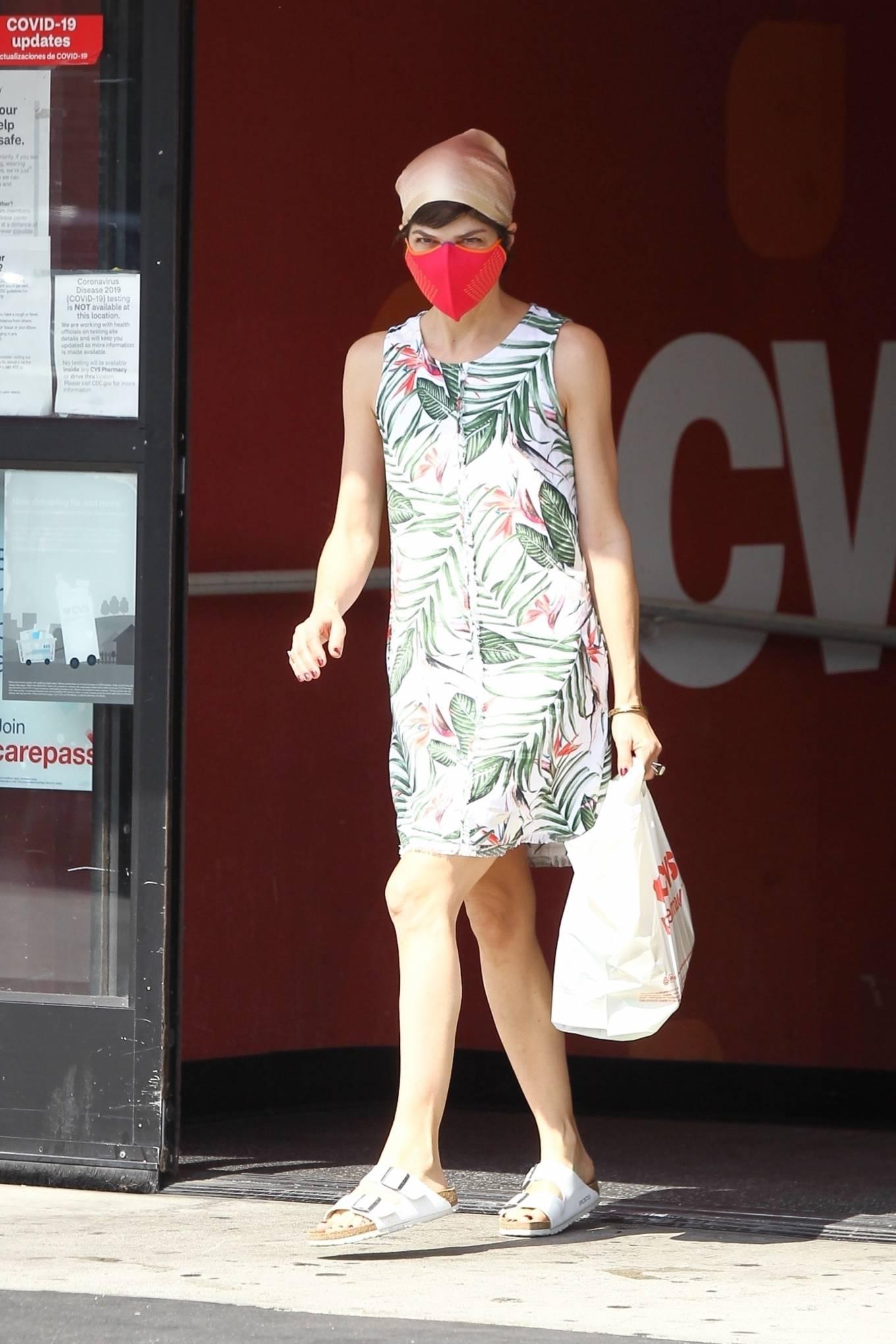 Selma Blair 2020 : Selma Blair – Spotted leaving a CVS pharmacy in Studio City-03