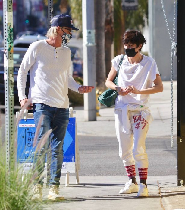 Selma Blair - Spotted shopping on Melrose Ave in Hollywood