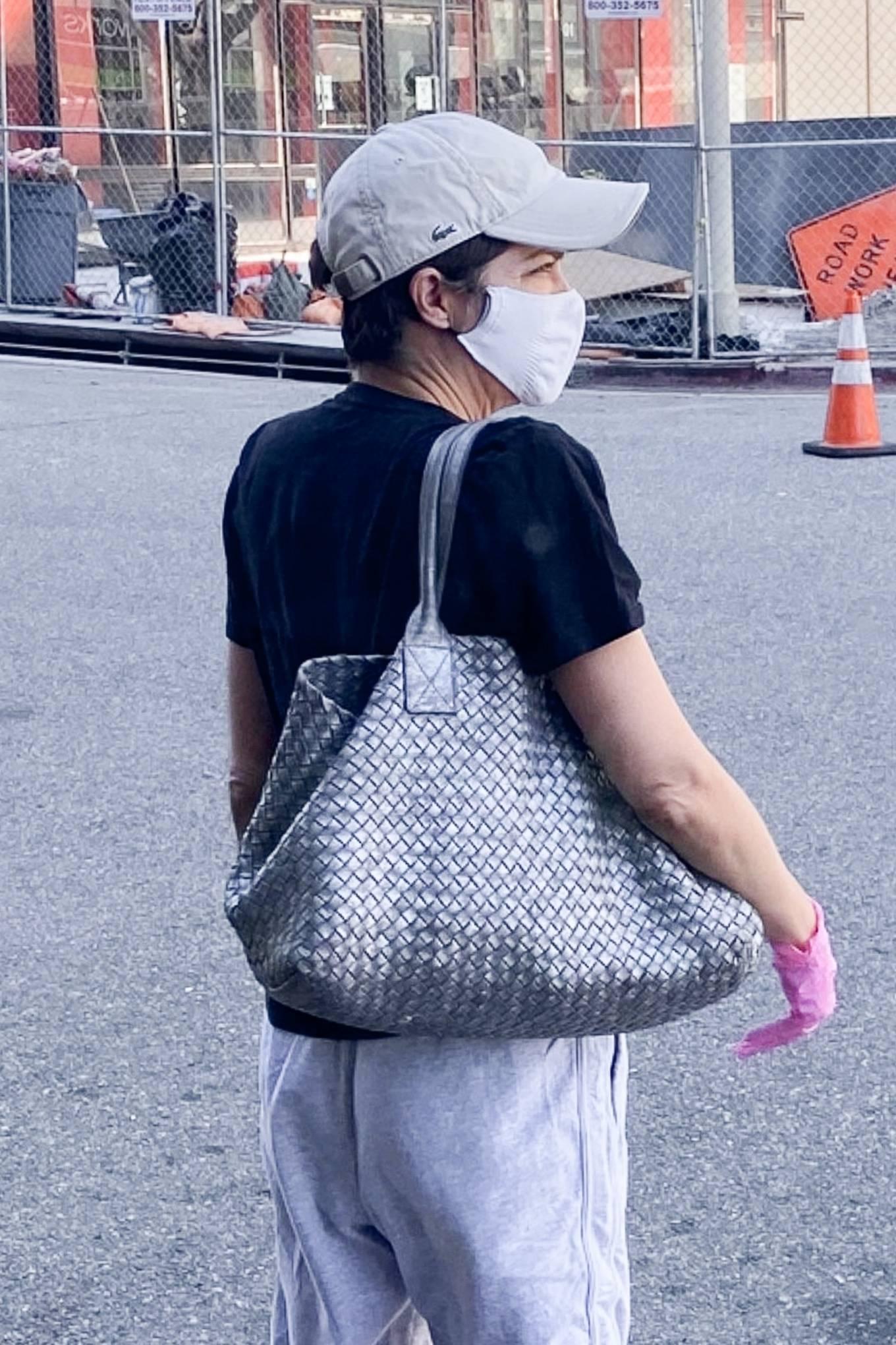 Selma Blair 2020 : Selma Blair – Wears leg braces as she leaves a medical building in Los Angeles-04