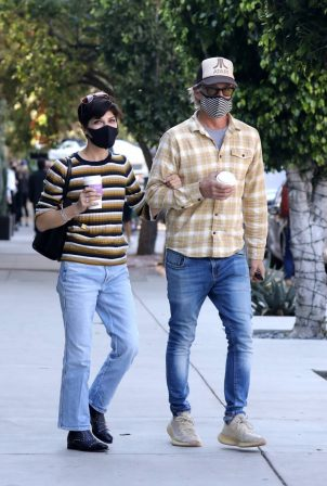 Selma Blair with her boyfriend Ron Carlson at Alfred in Los Angeles