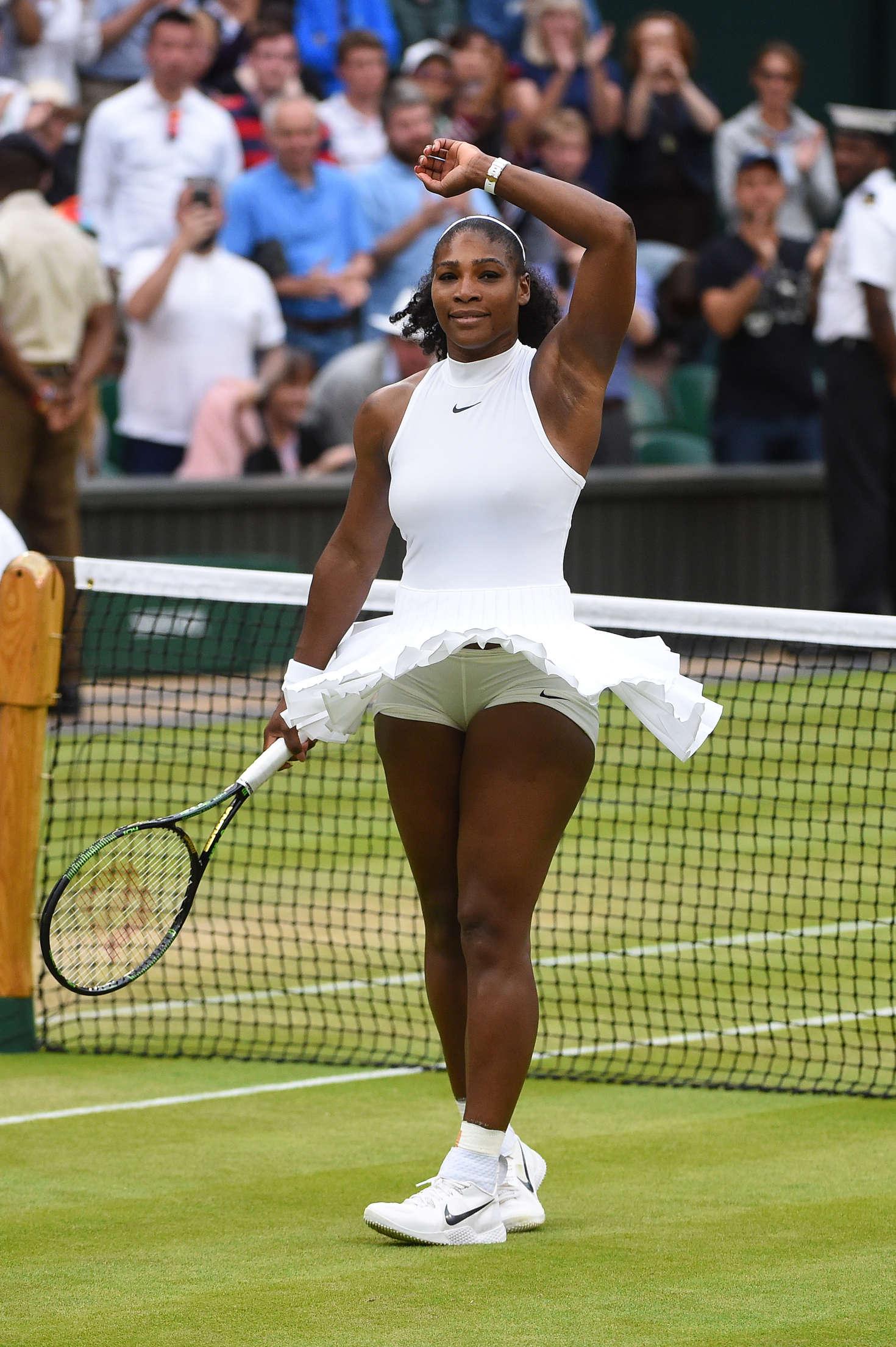 Serena Williams - 4th Round Match 2016 in Wimbledon Lindsay Lohan Net Worth