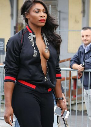 Serena Williams - Gucci SS 2017 Women Fashion Show at Milan Fashion Week