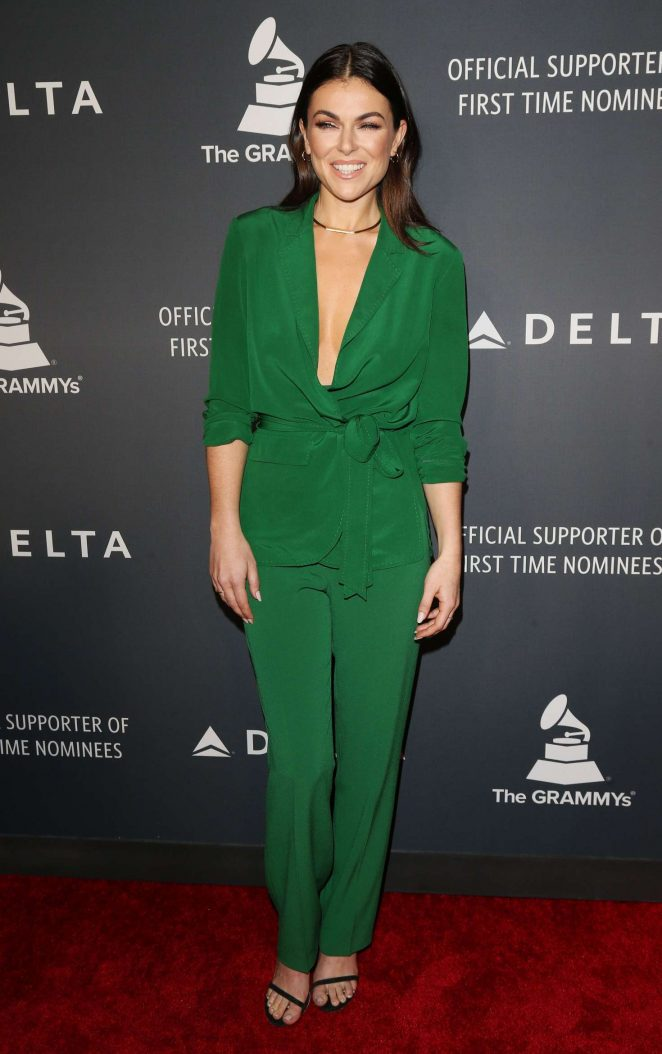 Serinda Swan – Delta Air Lines celebrates Grammy Weekend in LA