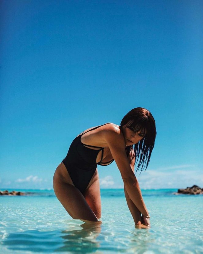 Serinda Swan – Instagram pics