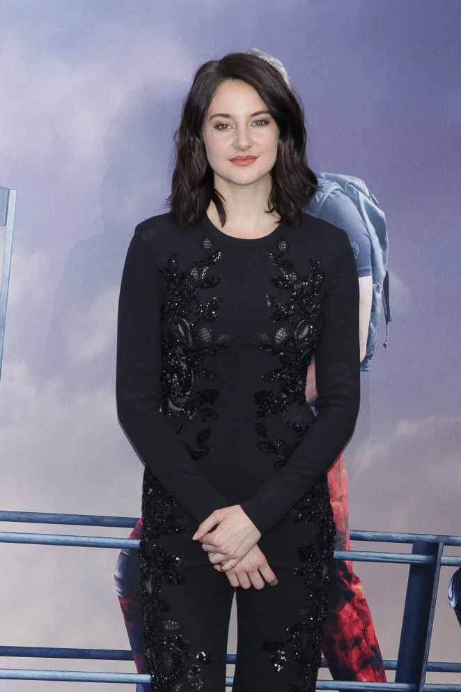 Shailene Woodley - 'Allegiant' Premiere in New York