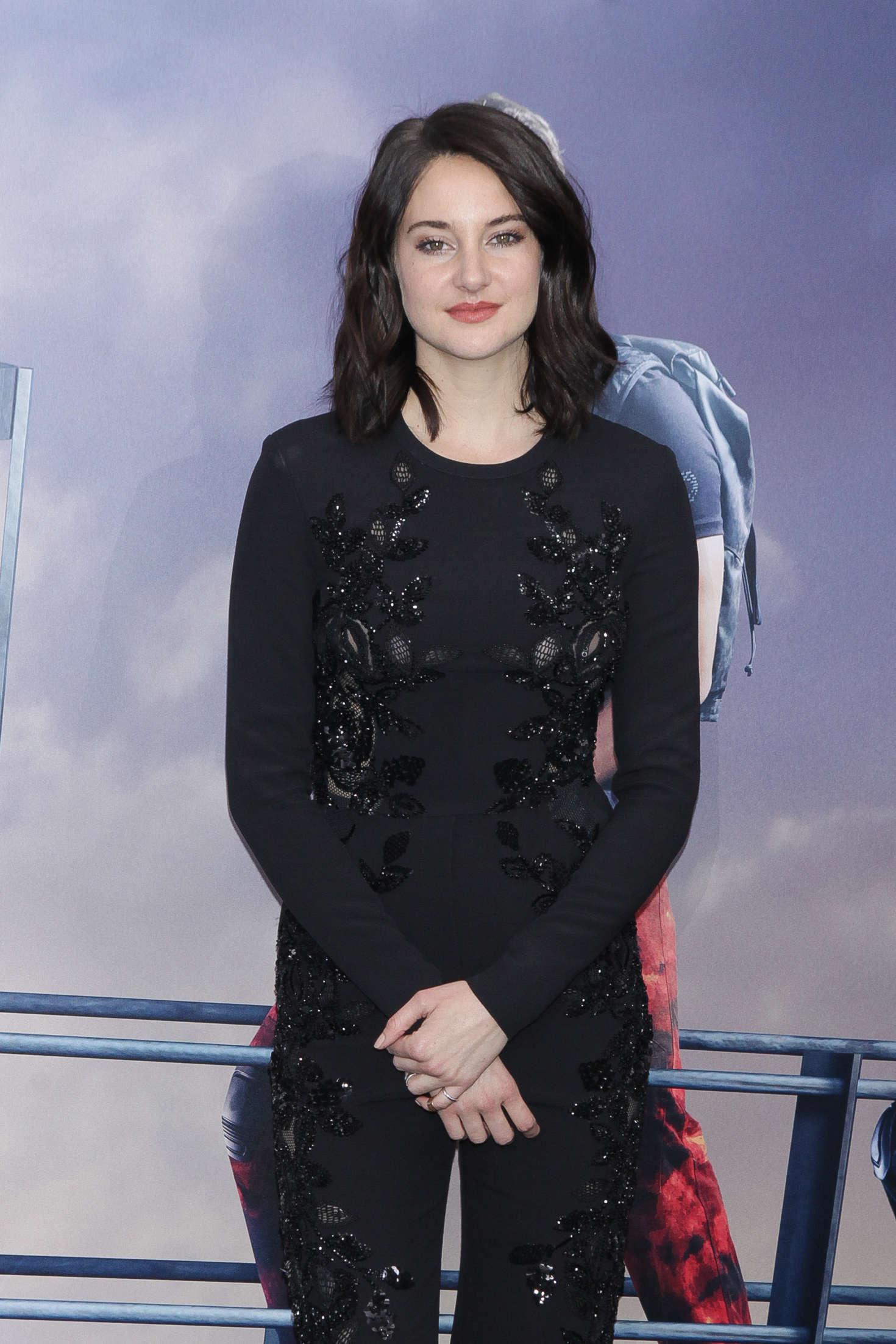 Shailene Woodley - 'Allegiant' Premiere in New York