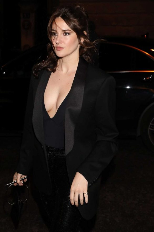Shailene Woodley - Arriving at Monot Fashion Show in Paris