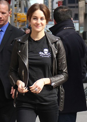 Shailene Woodley - Arriving at The 'Late Show with David Letterman' in NYC