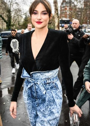 Shailene Woodley - Balmain Fashion Show in Paris