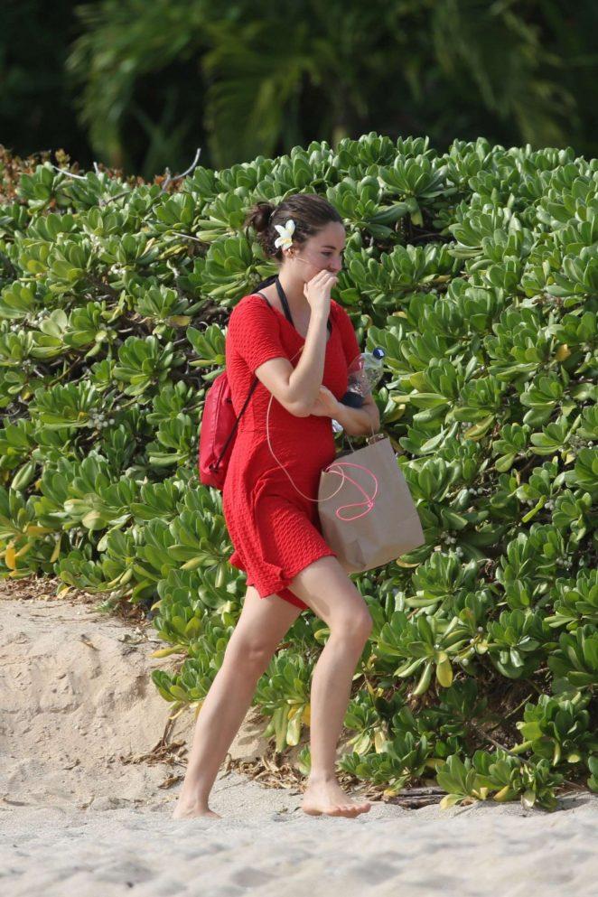 Shailene Woodley in Red Mini Dress -01