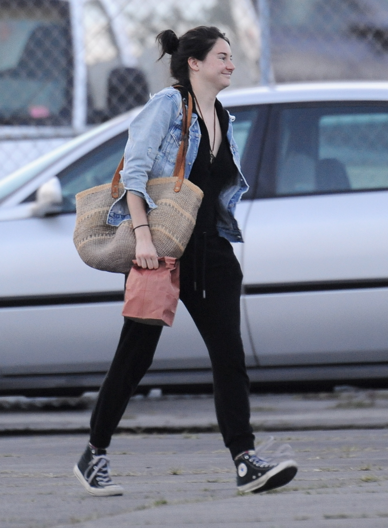 Shailene Woodley - On set of 'Big Little Lies' in Hollywood