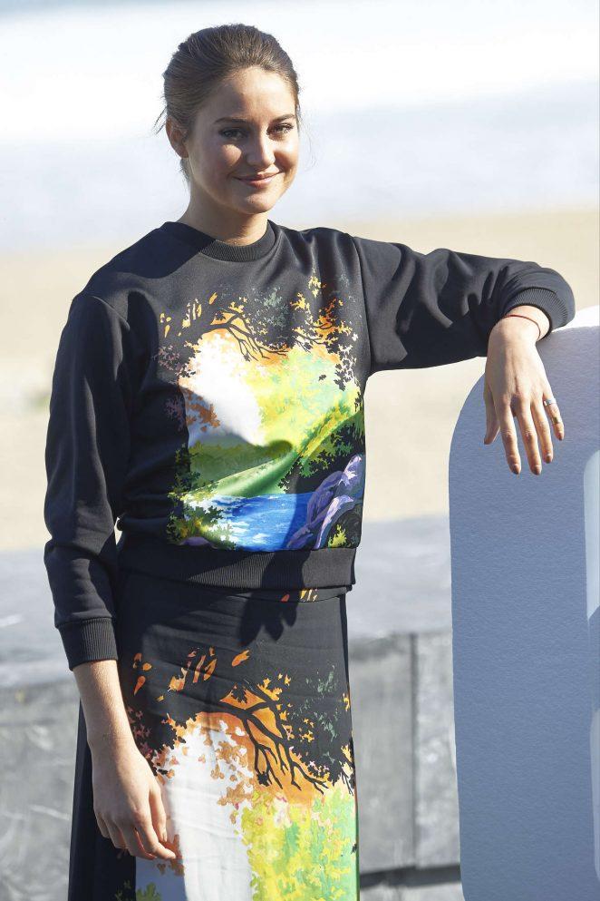 Shailene Woodley - 'Snowden' Photocall at 64th SSIFF in San Sebastian