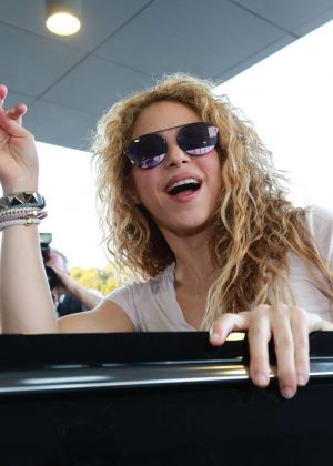 Shakira - Arrives at Beirut Airport in Lebanese