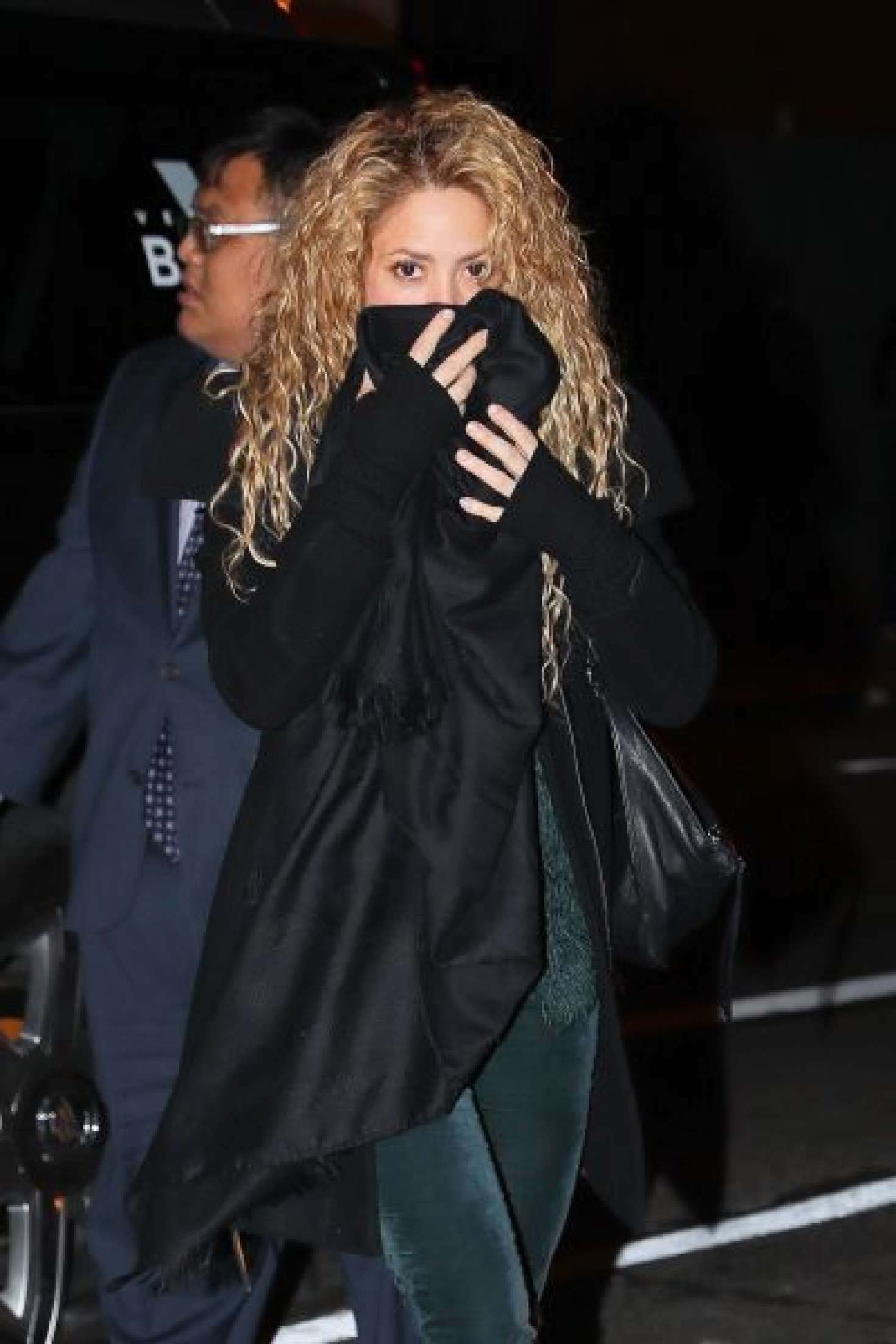 Shakira at the hunt fish club in nyc for Hunt fish club nyc