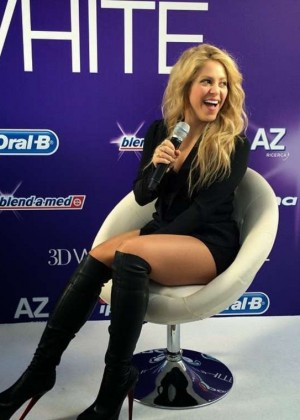 Shakira - European Launch of Oral-B 3D White Whitestrips in Barcelona