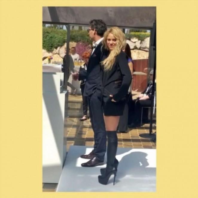 Shakira european launch of oral b 3d white whitestrips 11 gotceleb