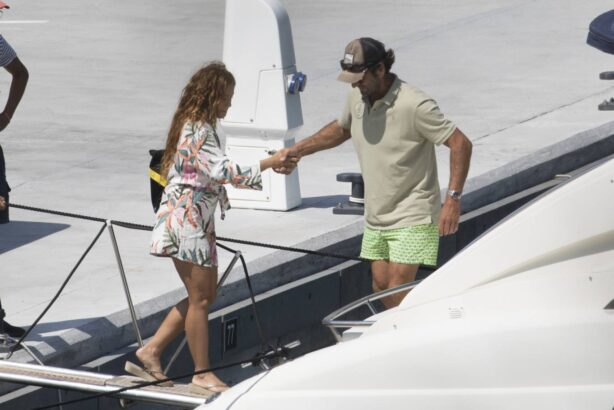 Shakira - Pictured on a yacht during their family vacation in Girona