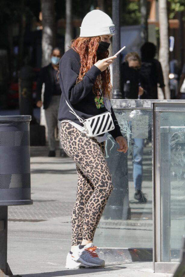 Shakira - Spotted in Paseo de Gracia - Barcelona