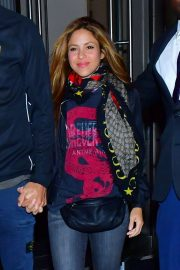 Shakira with her husband for late night dinner in NY
