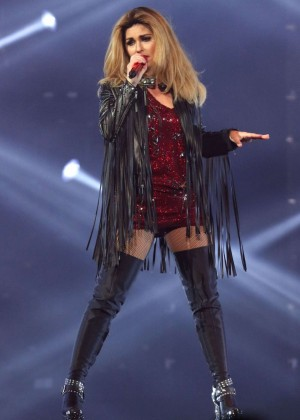 Shania Twain - Performs at MSG in NY