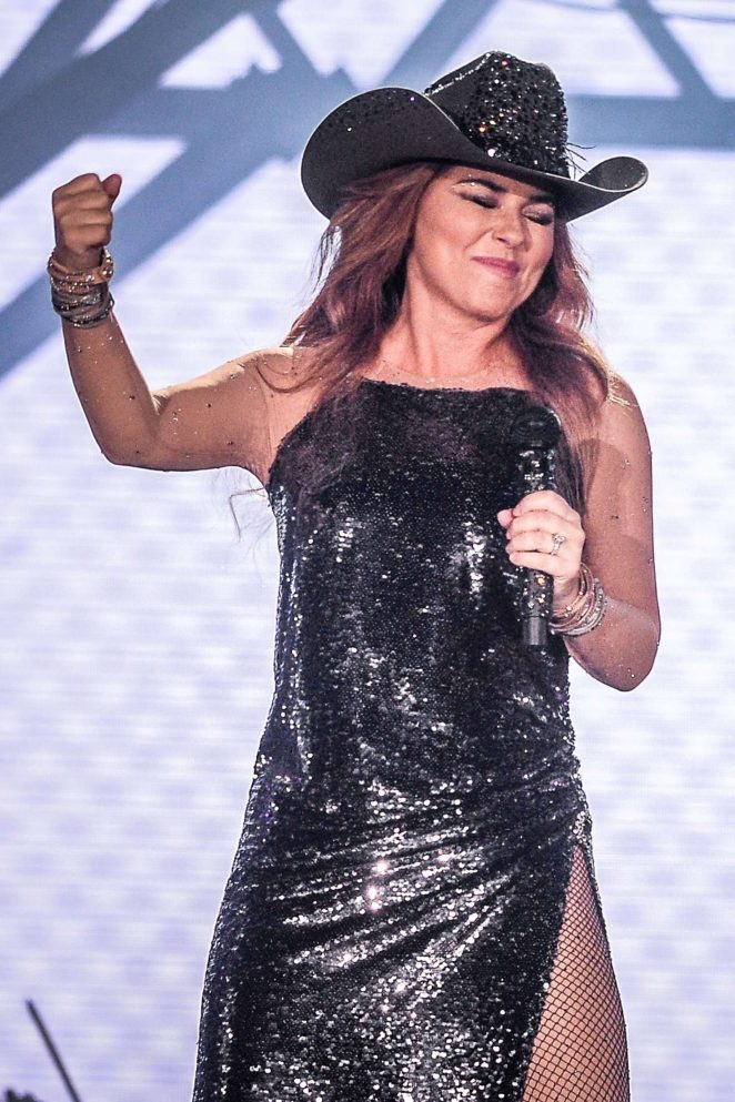 Shania Twain – Performs at the Cowboy Festival of Barretos in Sao Paulo