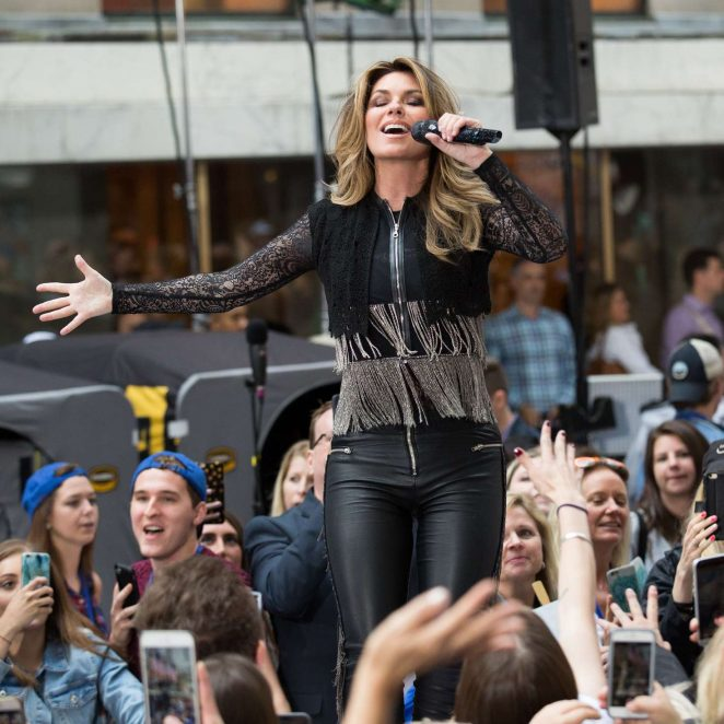 Shania Twain: Performs on NBC Today Show Summer Concert Series -03