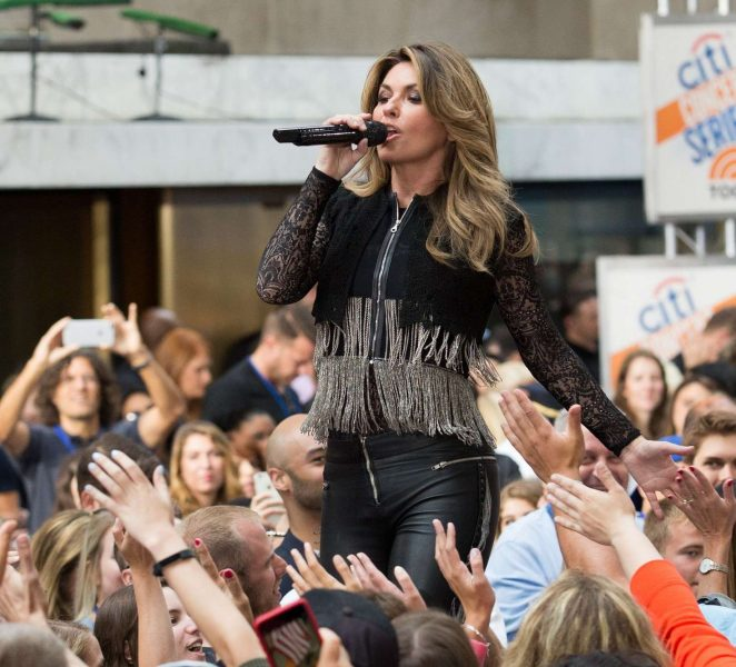 Shania Twain: Performs on NBC Today Show Summer Concert Series -07