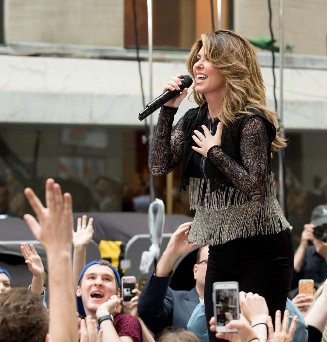 Shania Twain: Performs on NBC Today Show Summer Concert Series -17
