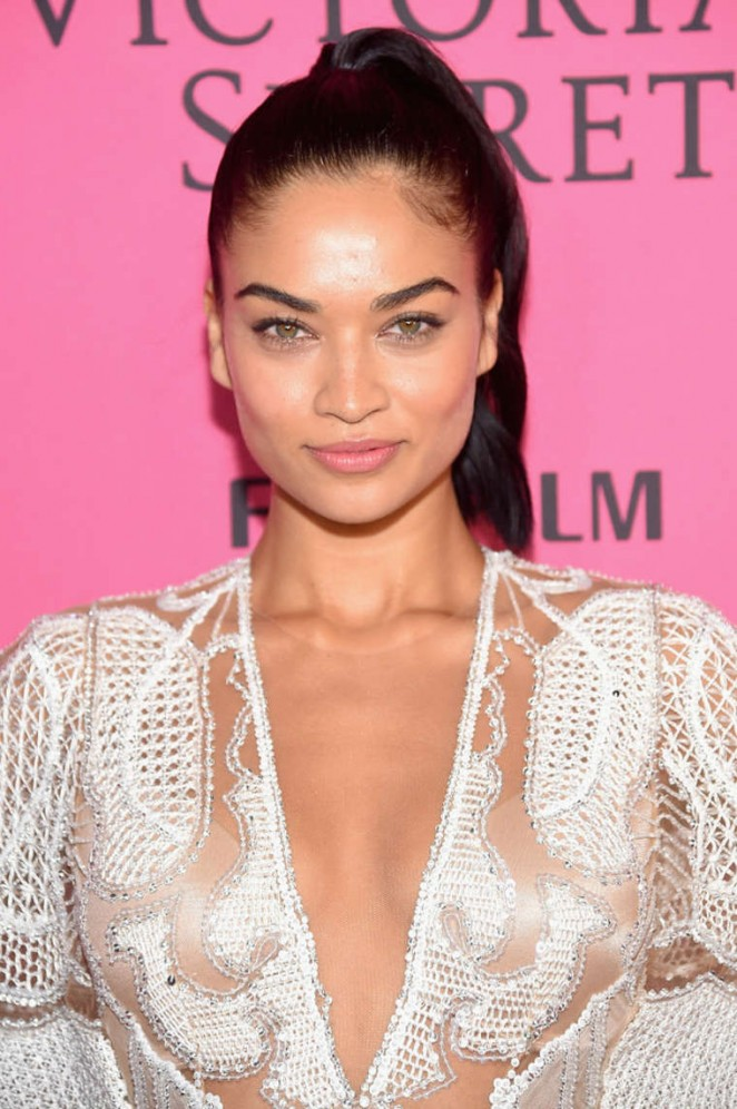 Shanina Shaik - 2015 Victoria's Secret Fashion Show After Party in NYC