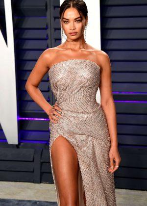 Shanina Shaik - 2019 Vanity Fair Oscar Party in Beverly Hills