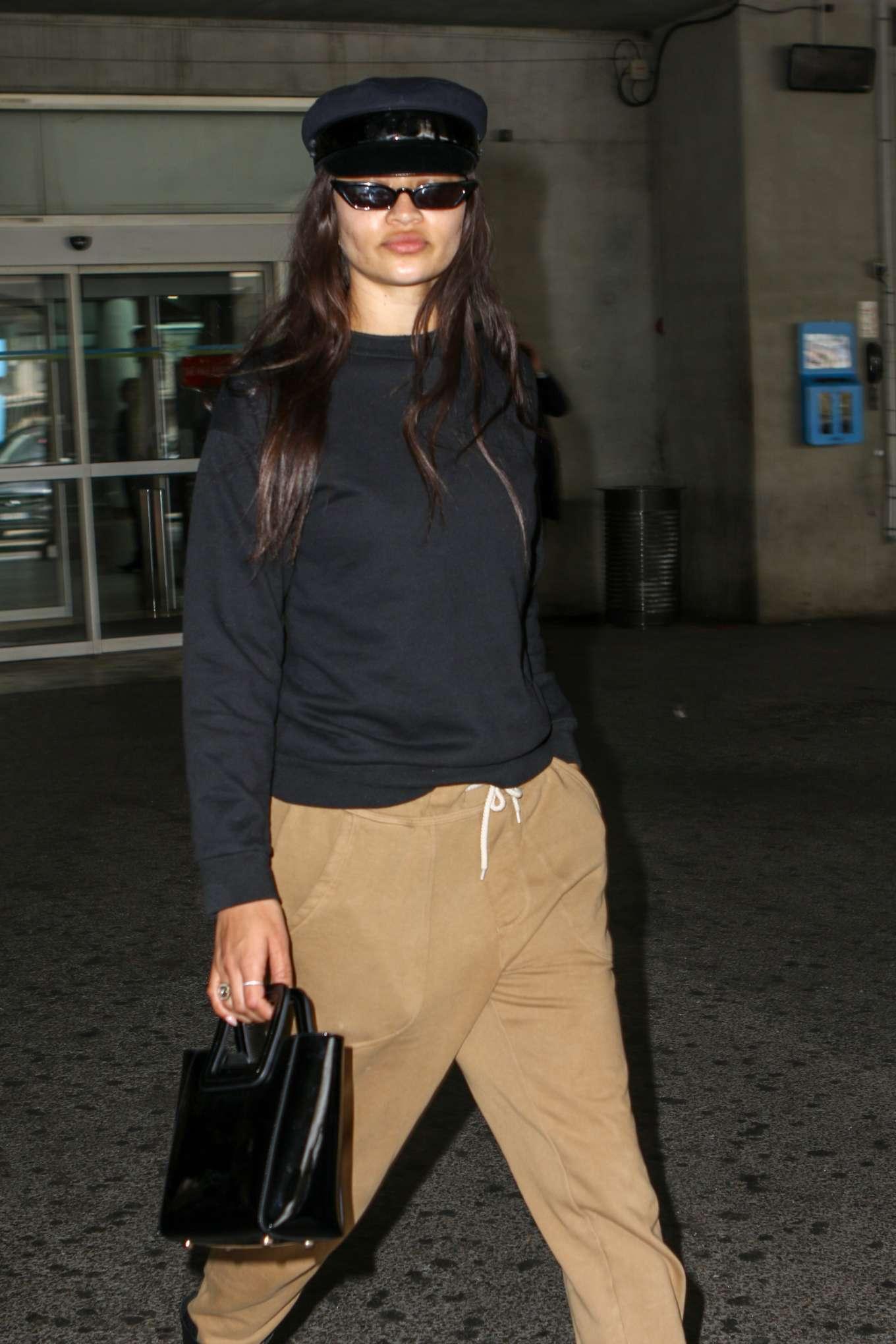 Shanina Shaik 2019 : Shanina Shaik: Arrives at Nice Airport-01