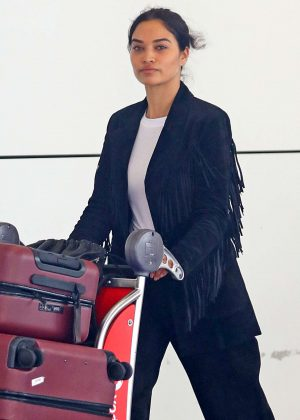 Shanina Shaik - Arriving at Airport in Sydney