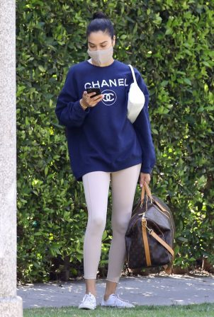 Shanina Shaik - Carries large Louis Vuitton duffle in West Hollywood