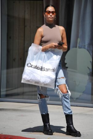 Shanina Shaik - shops at Crate and Barrel in Beverly Hills