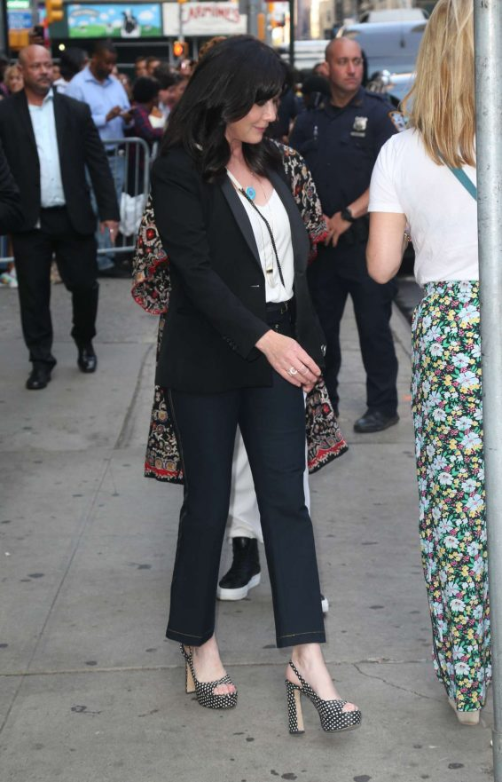 Shannen Doherty 2019 : Shannen Doherty – Arrives at Good Morning America-03
