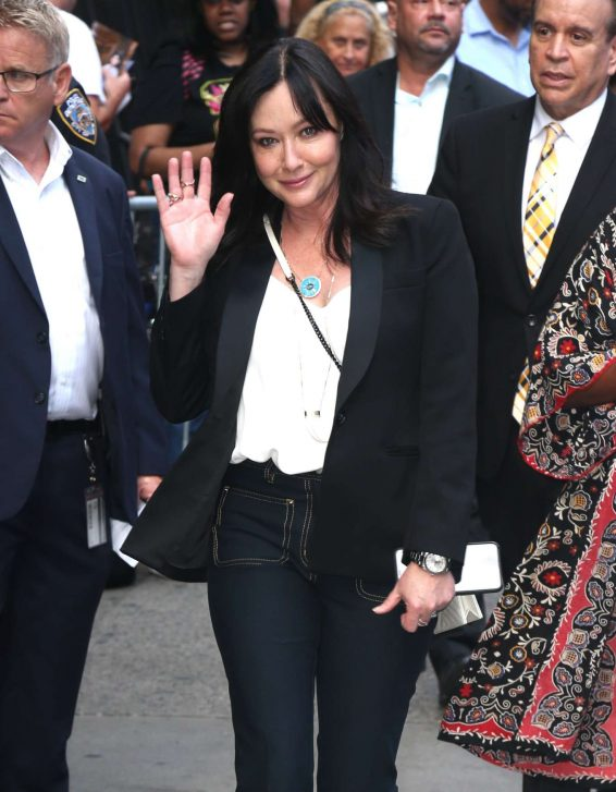 Shannen Doherty 2019 : Shannen Doherty – Arrives at Good Morning America-08