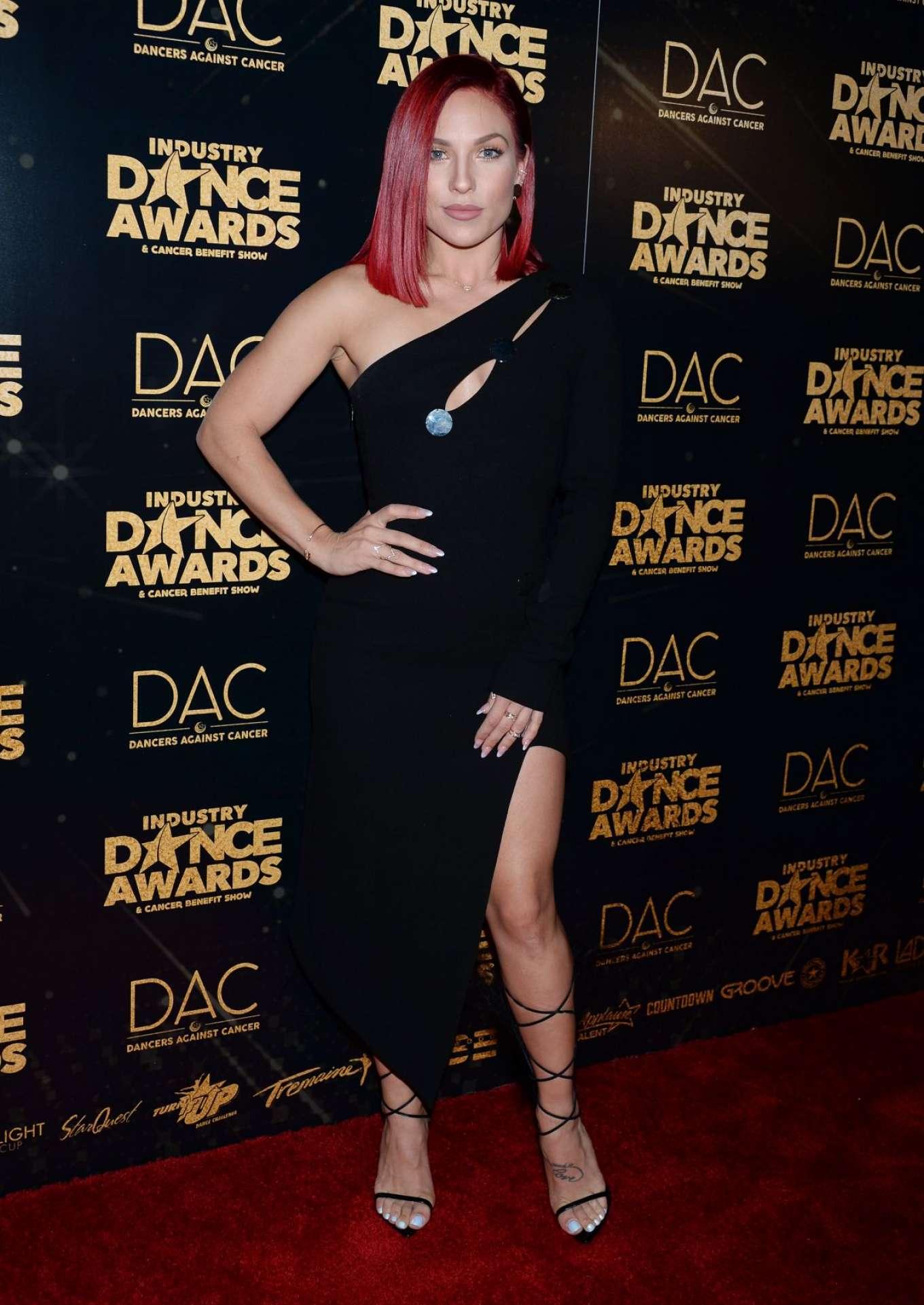 Sharna Burgess 2018 : Sharna Burgess: 2018 Industry Dance Awards -04