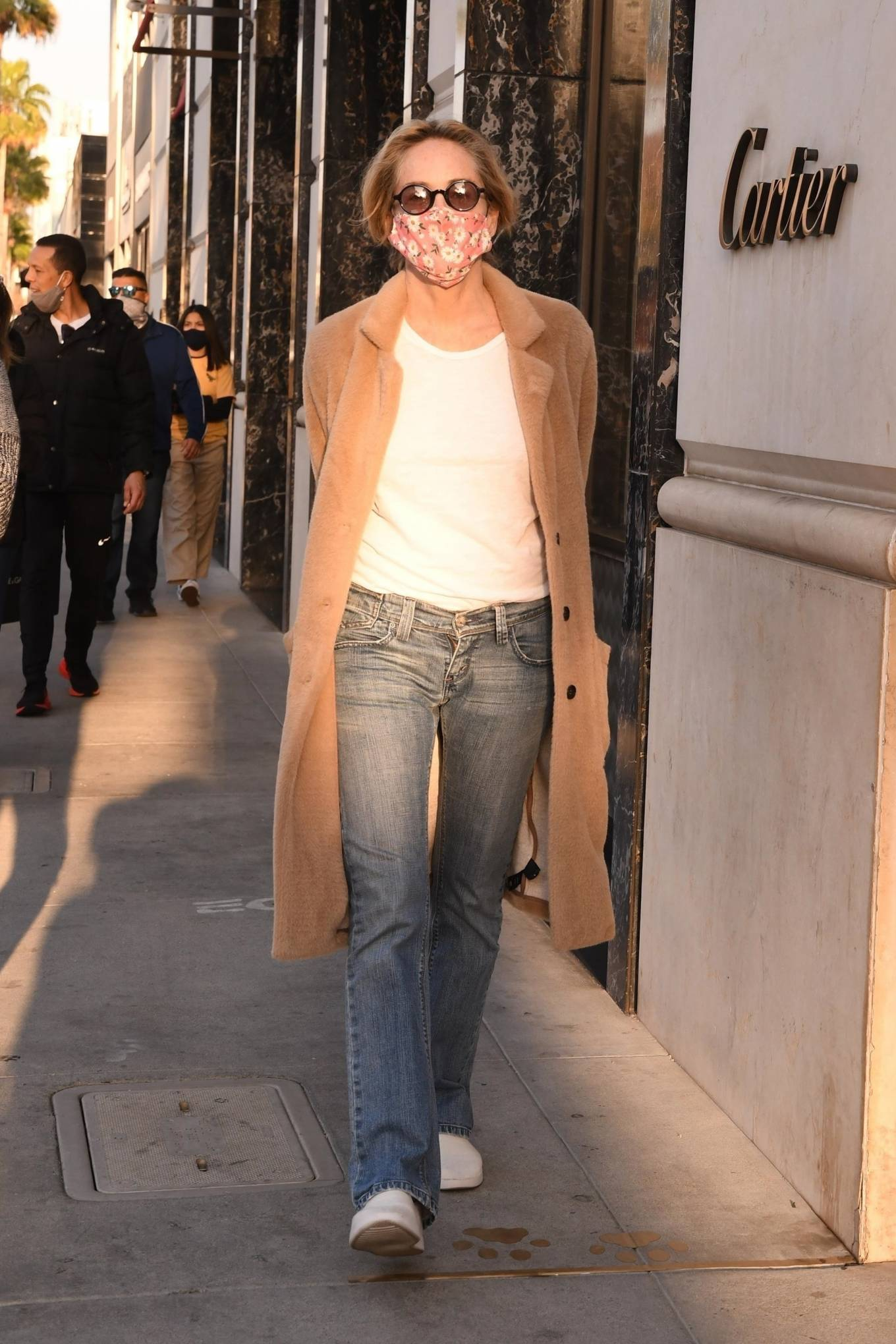 Sharon Stone 2020 : Sharon Stone – Goes shopping for sunglasses at Optometrix in Beverly Hills-02