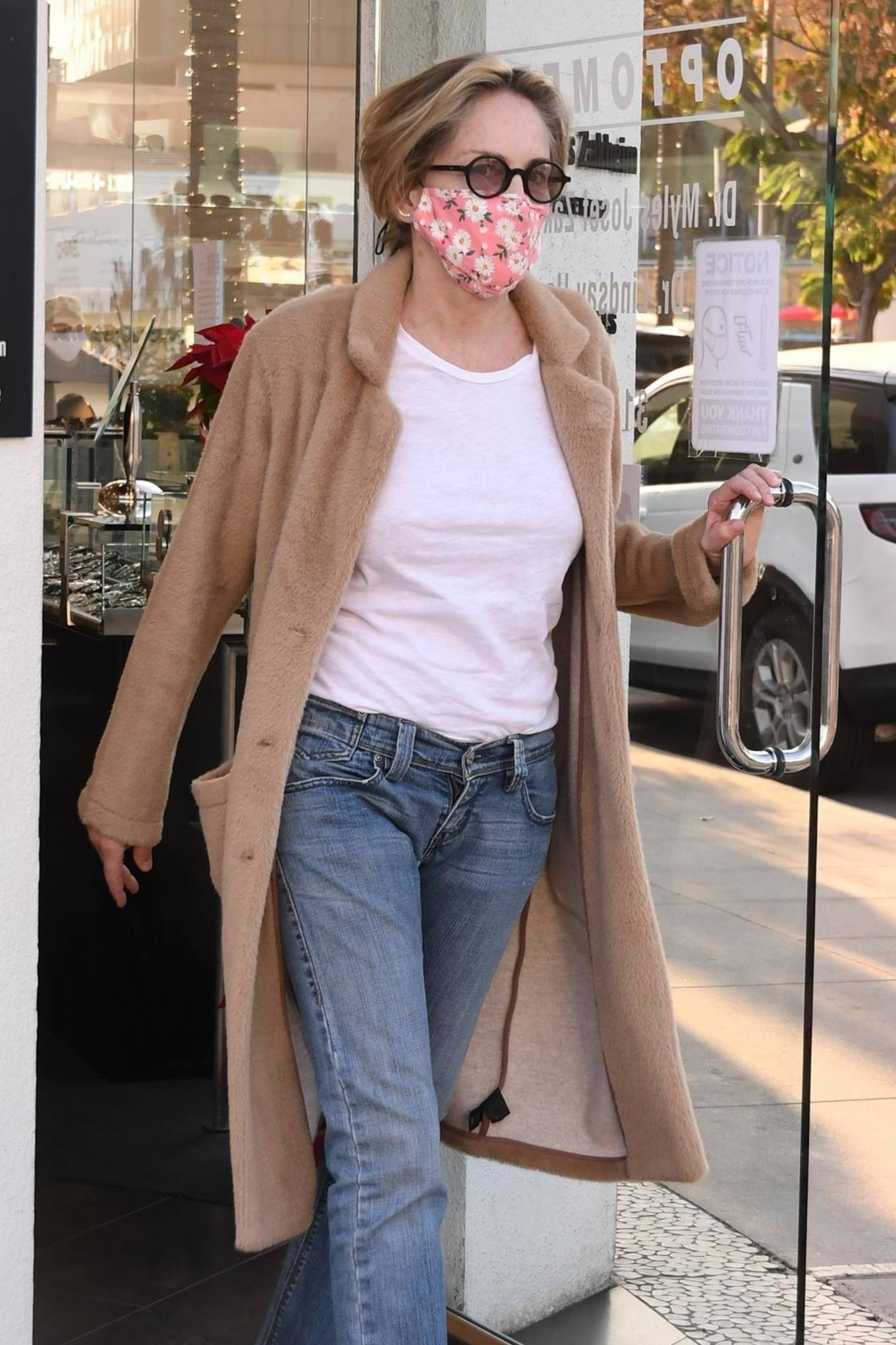 Sharon Stone - Goes shopping for sunglasses at Optometrix in Beverly Hills
