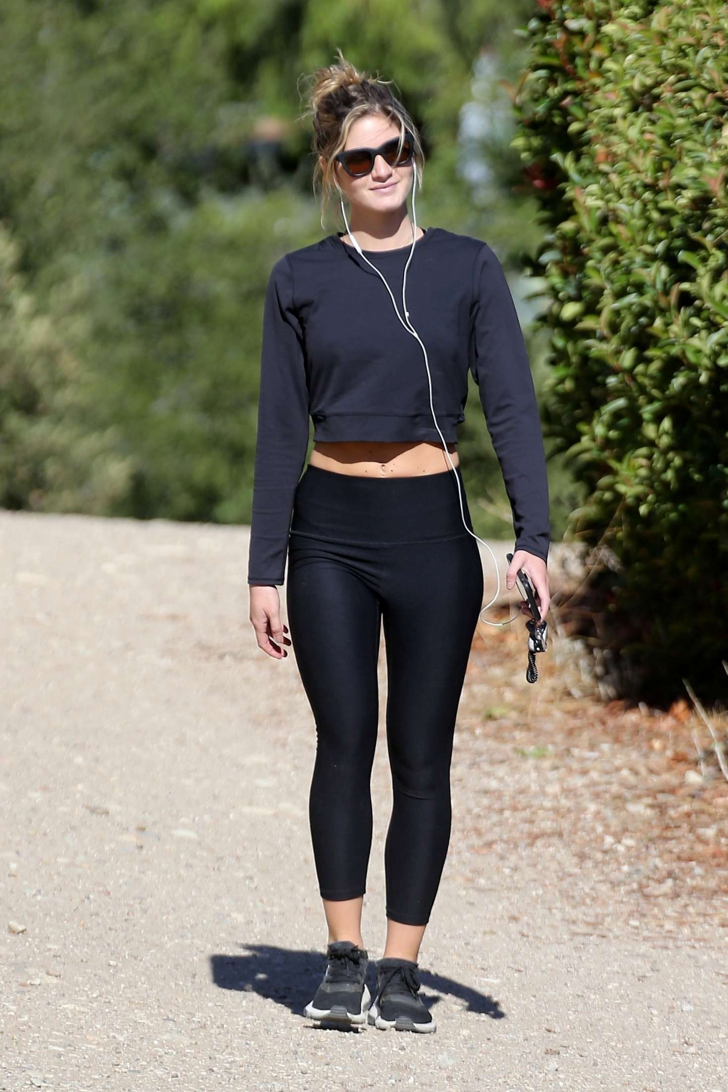 Shauna Sexton in Leggings – Out for a hike in Los Angeles