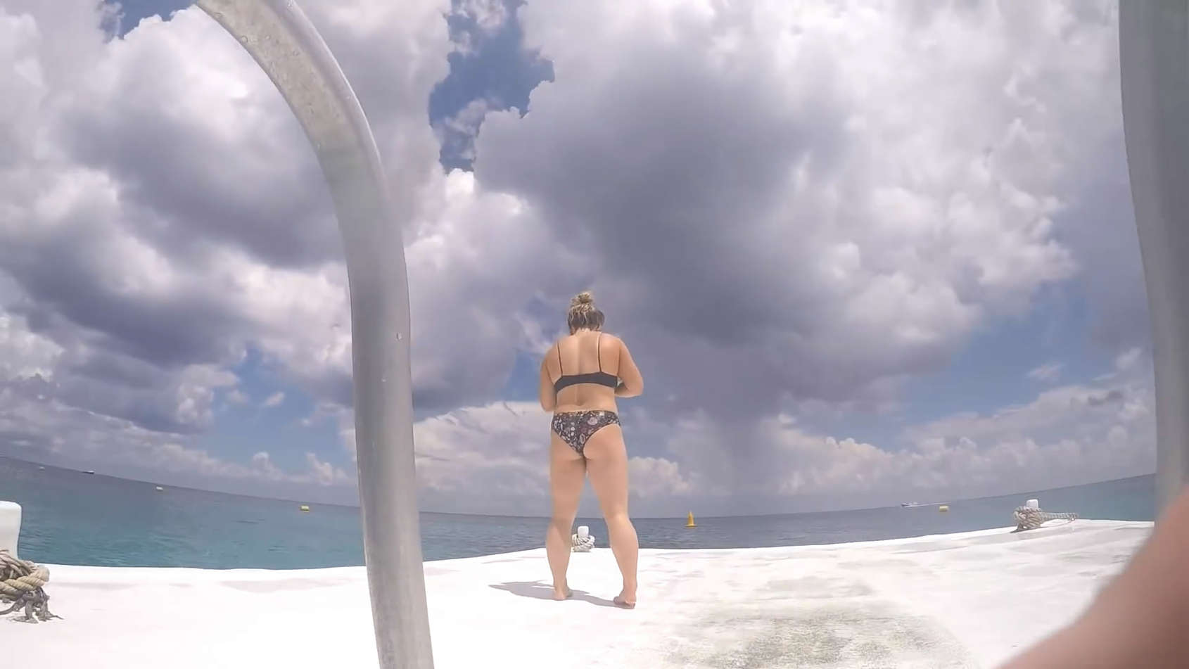 Sexy miley cyrus bikini beach yoga girl in costa rica 2013 - 3 part 9