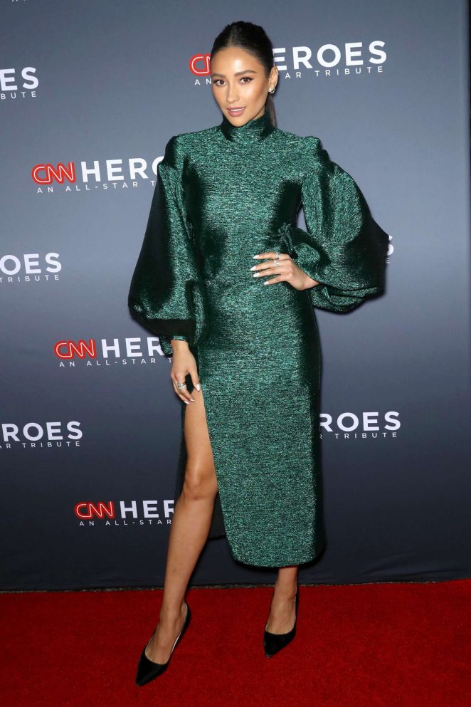 Shay Mitchell – 12th Annual CNN Heroes: An All Star Tribute in New York