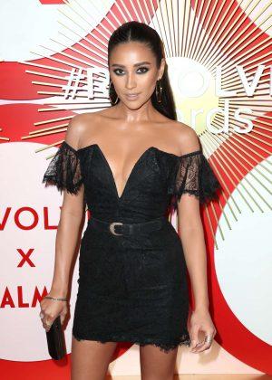 Shay Mitchell - 2018 REVOLVE Awards in Las Vegas