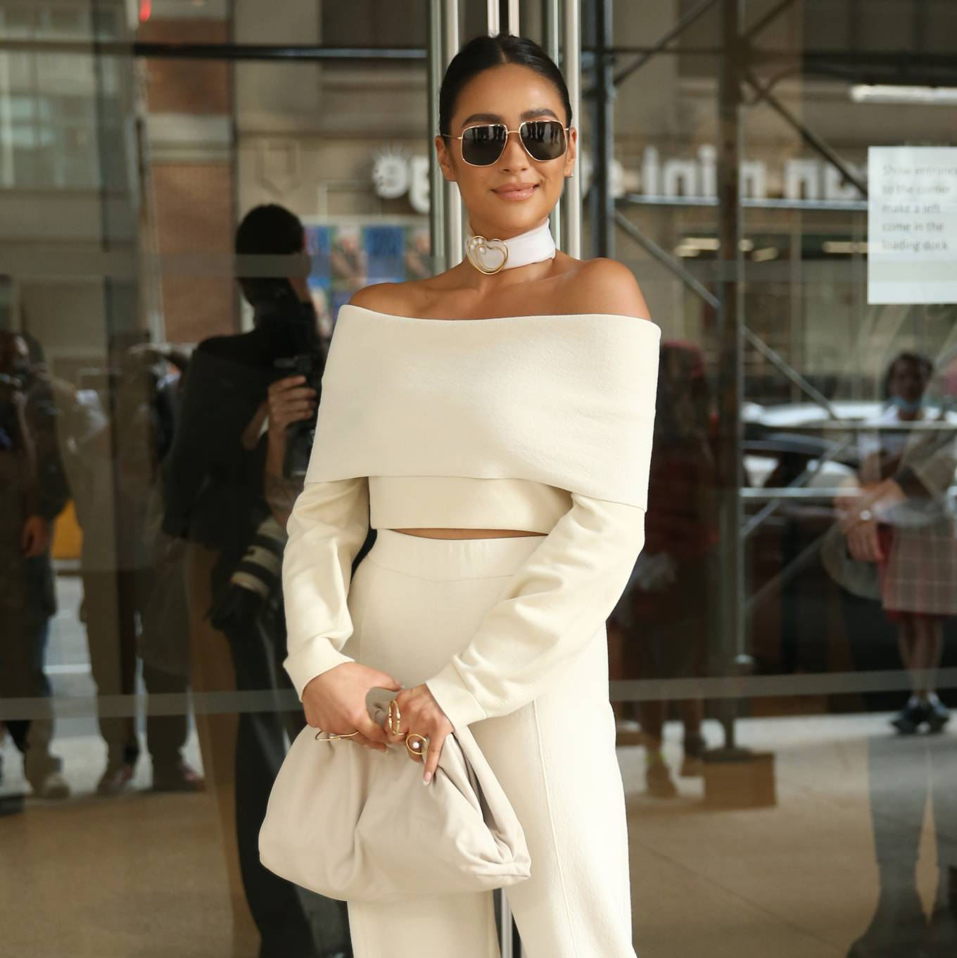 Shay Mitchell 2021 : Shay Mitchell – Attends Altuzarra SS22 during New York Fashion Week-01