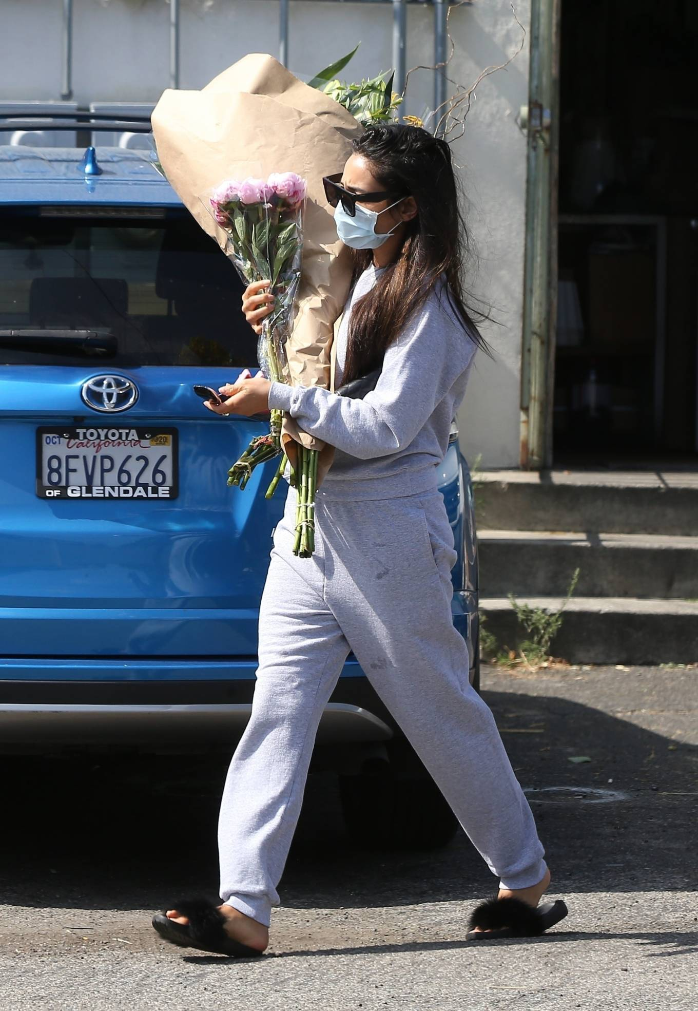 Shay Mitchell 2020 : Shay Mitchell – Buys a few bouquets of flowers in West Hollywood-03
