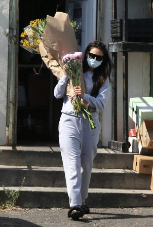 Shay Mitchell - Buys a few bouquets of flowers in West Hollywood