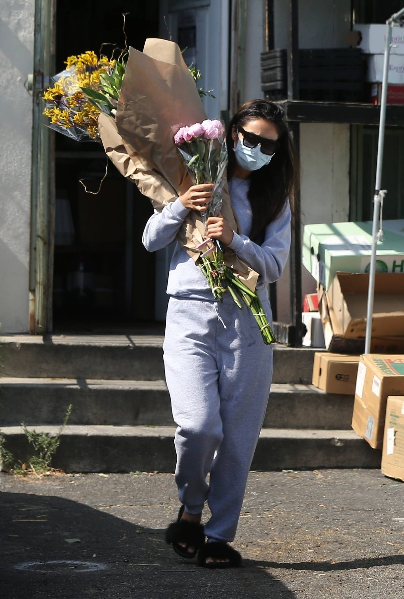 Shay Mitchell 2020 : Shay Mitchell – Buys a few bouquets of flowers in West Hollywood-16
