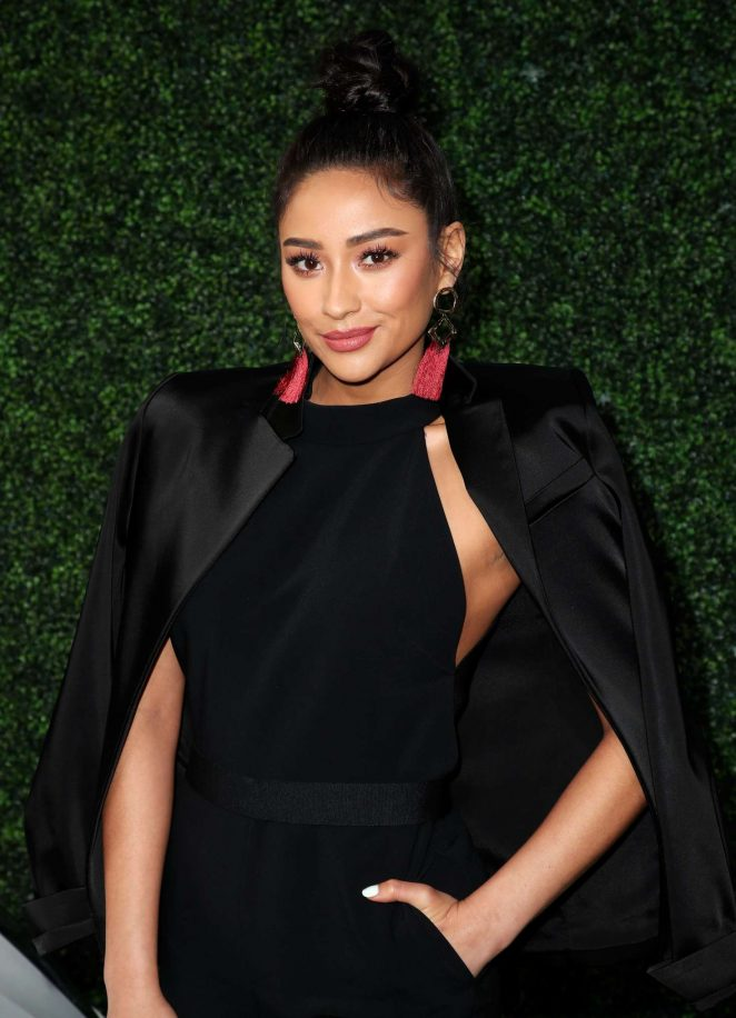 Shay Mitchell - CFDA Variety and WWD Runway to Red Carpet in LA