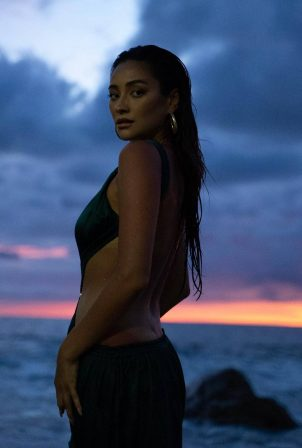 Shay Mitchell - Flannery Underwood photoshoot - March 2021