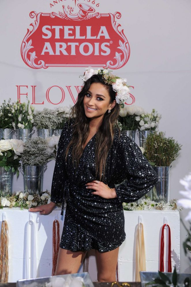 Shay Mitchell - 'Host One to Remember' this summer at the Stella Artois Braderie in NYC